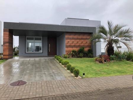 Casa em Condomínio 3 dormitórios em Capão da Canoa | Ref.: 1227