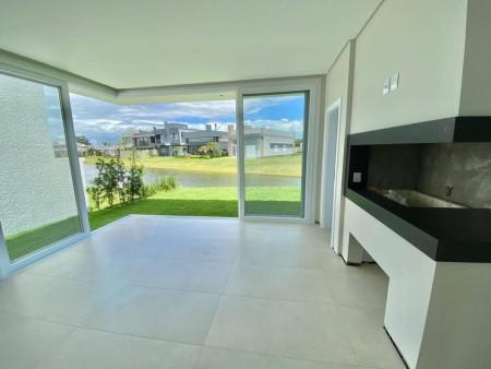 Casa em Condomínio 4 dormitórios em Capão da Canoa | Ref.: 1253