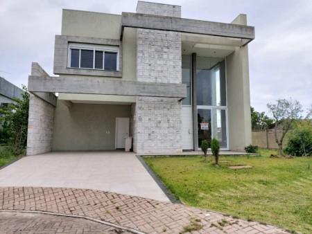 Casa em Condomínio 5 dormitórios em Capão da Canoa   Ref.: 1267