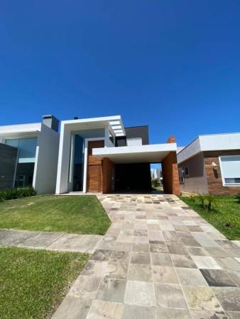 Casa 4 dormitórios em Capão da Canoa   Ref.: 2076