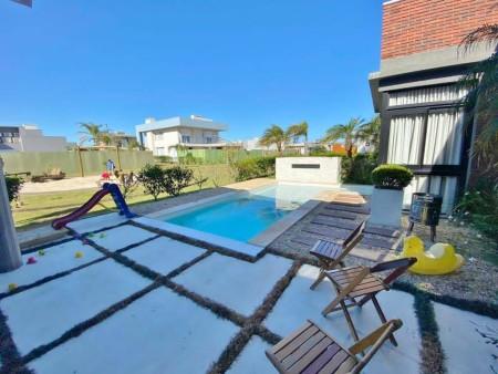 Casa em Condomínio 3 dormitórios em Capão da Canoa | Ref.: 2181