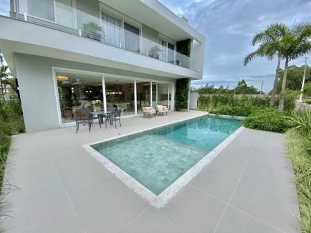 Casa em Condomínio 6 dormitórios em Capão da Canoa | Ref.: 2348