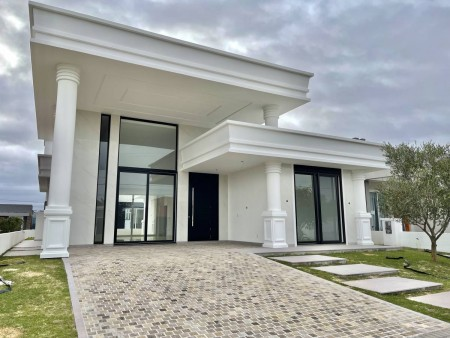 Casa em Condomínio 4 dormitórios em Capão da Canoa | Ref.: 3503