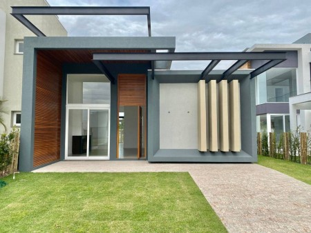 Casa em Condomínio 4 dormitórios em Capão da Canoa | Ref.: 3564