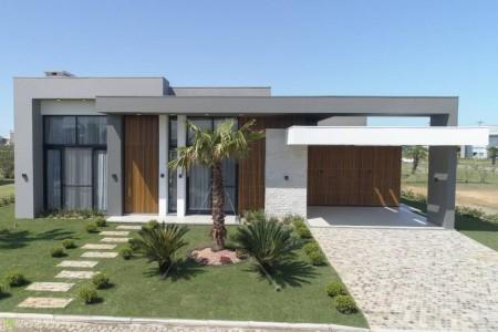 Casa em Condomínio 3 dormitórios em Xangri-lá | Ref.: 3654