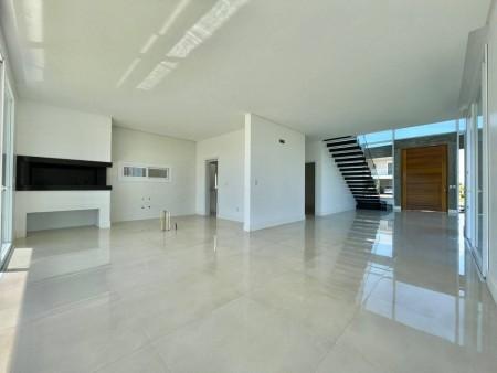 Casa em Condomínio 4 dormitórios em Capão da Canoa | Ref.: 3789